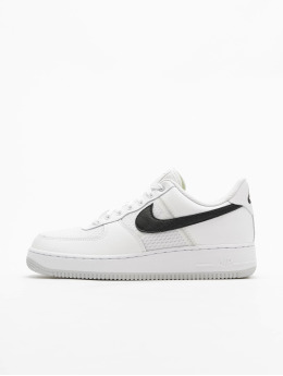 Nike Sneaker Air Force 1 '07 LV8 1 weiß
