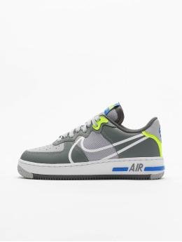Nike Sneakers Air Force 1 React  grå