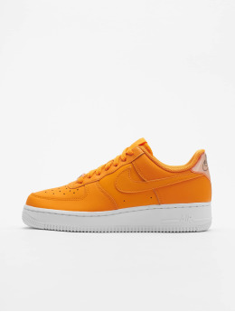 Nike Sneakers Air Force 1 '07 Essential pomaranczowy