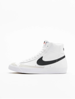 Nike Snejkry Blazer Mid '77 (GS) bílý
