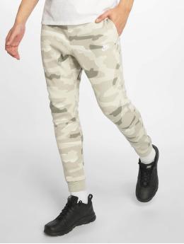 Nike Spodnie do joggingu Sportswear zielony