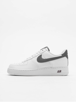 Nike Tøysko Air Force 1 '07 Lv8 hvit