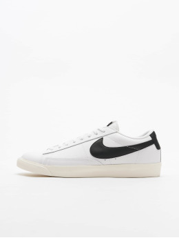 Nike Tøysko Blazer Low Leather hvit