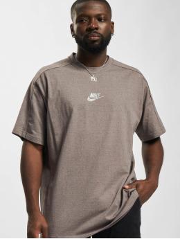 Nike T-paidat Nsw Revival  ruskea