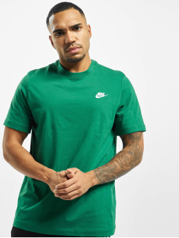 Nike T-Shirt Club green