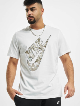 Nike T-Shirty Club HBR Camo 2 bialy