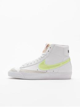 Nike Tennarit W Blazer Mid '77 Ess valkoinen