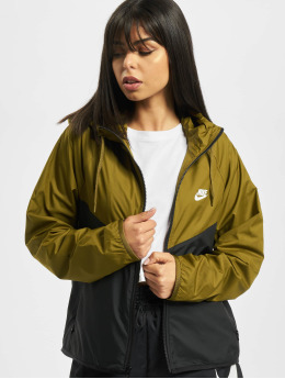 Nike Transitional Jackets Windrunner  oliven