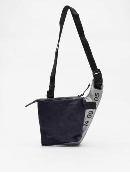 Nike Väska Tech Crossbody grå
