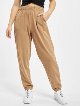 Only Spodnie do joggingu onlChrissy  brazowy