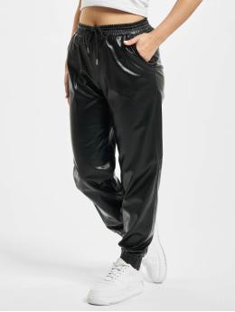 Only Spodnie do joggingu onlMady-Callee Mw Faux Leather czarny