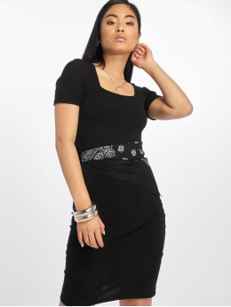 Pieces Sukienki pcSalla  czarny