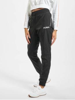 Puma Спортивные брюки Chase Woven черный