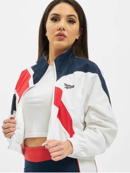 Reebok Демисезонная куртка Classic V Cropped белый