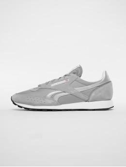 Reebok Sneaker Classic 83 grau