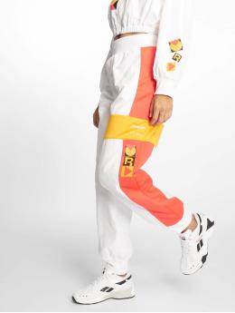 Reebok Spodnie do joggingu Gigi Hadid bialy