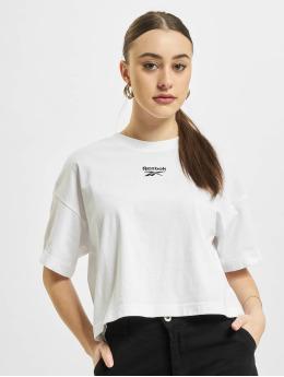 Reebok T-Shirt Reebok Cropped Small Logo T-Shirt  white