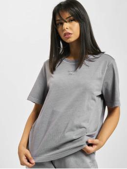 Reebok T-skjorter Classics F Washed grå