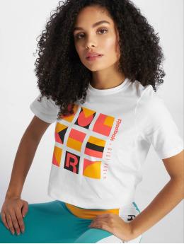 Reebok T-skjorter Gigi  hvit