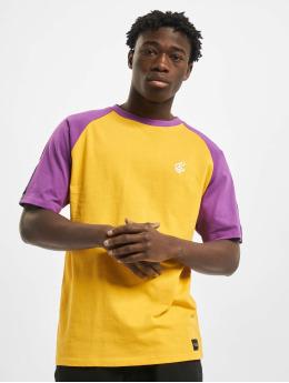 Rocawear T-paidat Midwood  keltainen