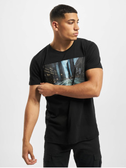 Stitch & Soul Camiseta Adventure  negro