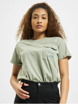 Stitch & Soul T-Shirt Pocket  green