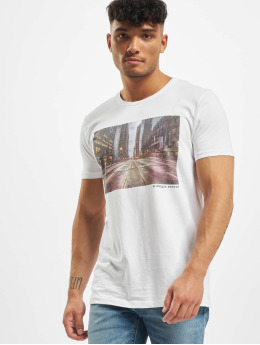 Stitch & Soul T-Shirt Adventure weiß