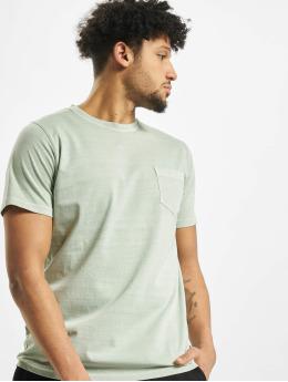 Suit T-Shirt Hero grün