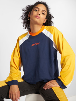 The Ragged Priest Frauen Longsleeve Home Run in bunt