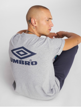 Umbro T-shirts Classico Crew Logo grå