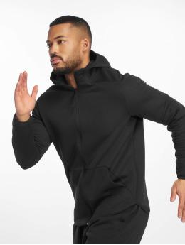 Under Armour спортивные куртки Unstoppable Move Light черный