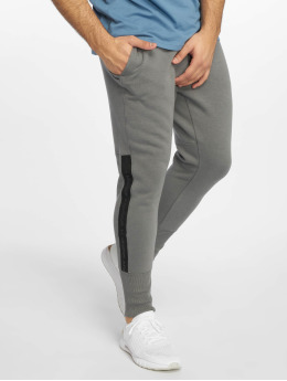 Under Armour Pantalón deportivo Accelerate Offpitch gris