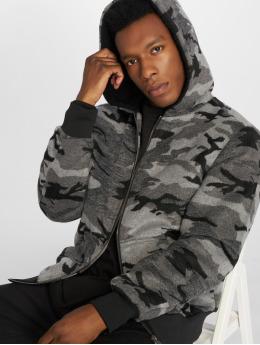 Urban Classics Зимняя куртка Camo камуфляж