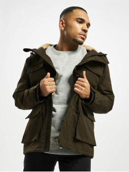 Urban Classics Зимняя куртка Field  оливковый