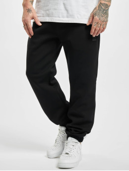 Urban Classics Jogging kalhoty Basic  čern