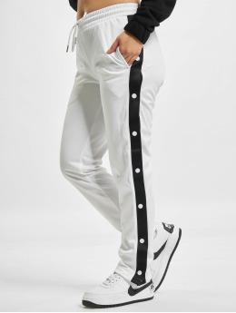 Urban Classics Frauen Jogginghose Button Up in weiß