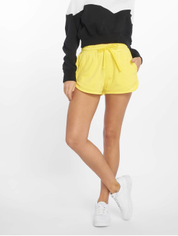 Urban Classics Shortsit Towel keltainen