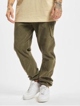 Urban Classics Spodnie do joggingu Corduroy oliwkowy