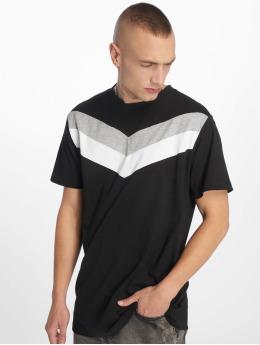 Urban Classics t-shirt Arrow Panel zwart