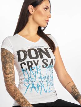 Yakuza T-skjorter Smile V-Neck hvit