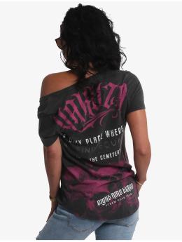 Yakuza T-skjorter  Equality Dye V-Neck svart