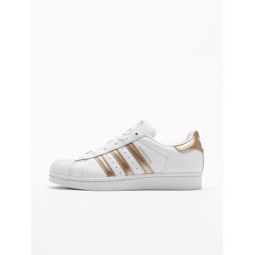 adidas Сникеры Superstar W белый