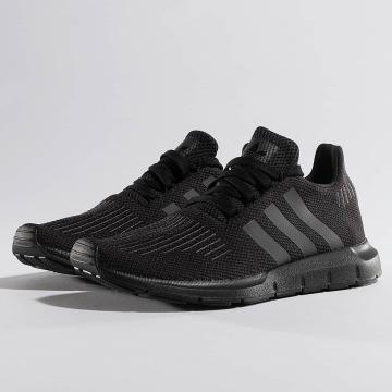 adidas Baskets Swift Run noir