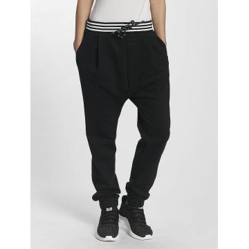 adidas originals Jogging PW HU Hiking Low Crotch noir