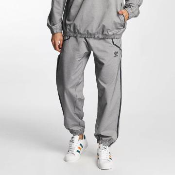 adidas originals joggingbroek Taped Wind grijs
