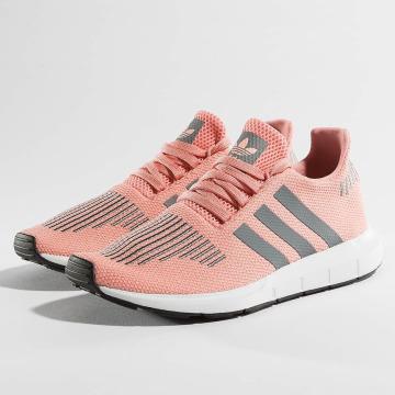 adidas originals Sneaker Swift Run pink
