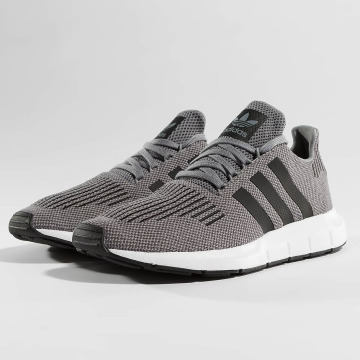 adidas originals Sneakers Swift Run grey