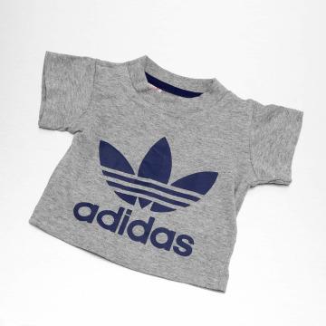 adidas originals T-shirt I Trefoil grå
