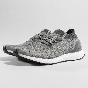 adidas Performance Tøysko Boost Uncaged grå