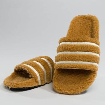 adidas Slipper/Sandaal Adilette bruin
